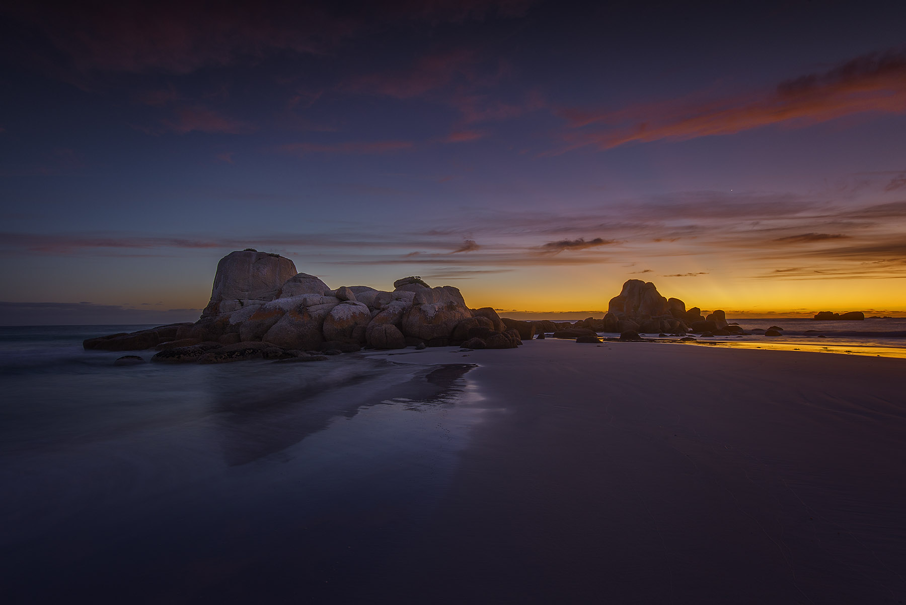 Picnic rocks Tasmania